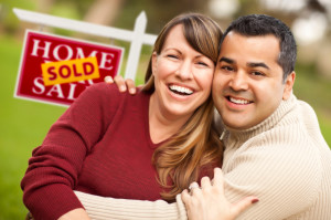 iStock_happy couple full size