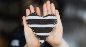 heart_hands_